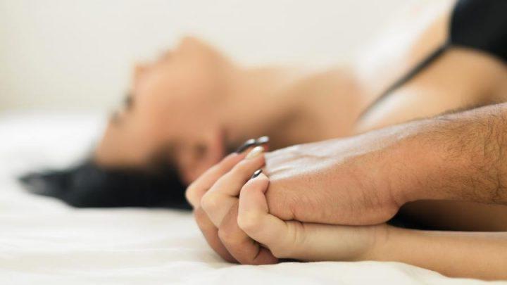 Guia passo a passo da ejaculação feminina. Isso é Squid ?
